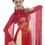ao dai rouge miss terre vo viet chung
